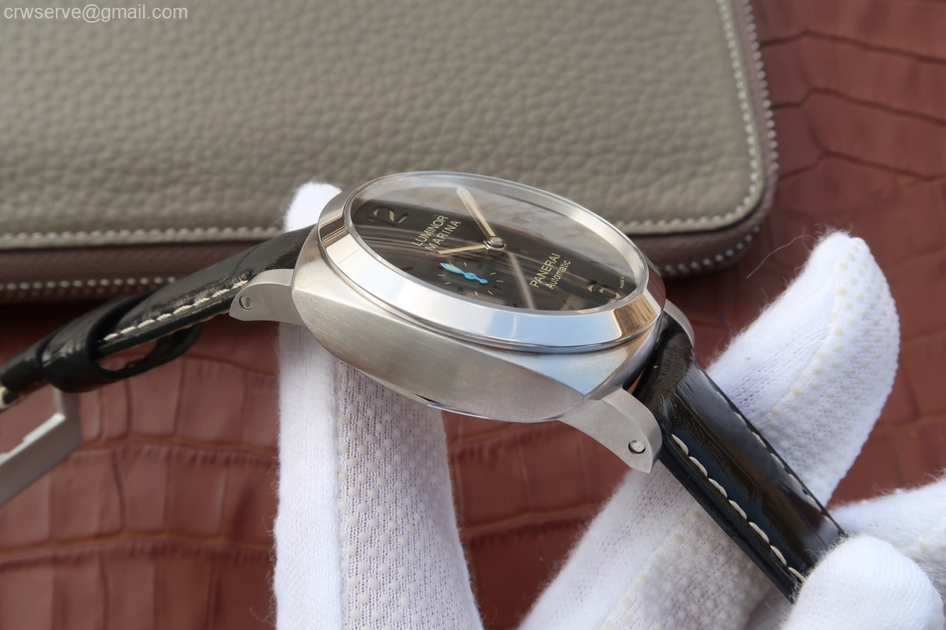 ZF PAM1392 Black Dial Black Leather Strap P9010