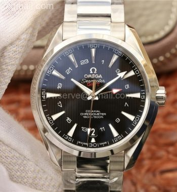 Aqua Terra 150M 43.5mm GMT SS VSF Black Textured Dial SS Bracelet A8605 V2