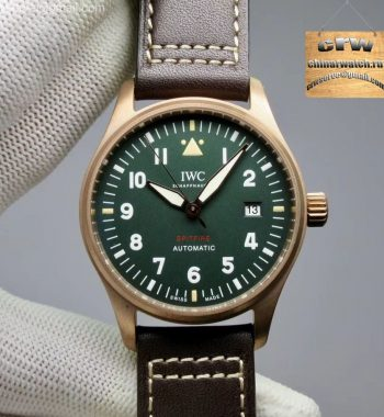 Spitfire Automatic Bronze IW326802 XF Green Dial Brown Leather Strap A2824