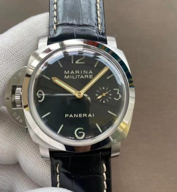 PAM217 H XF Edition Superlumed Dial Black Leather Strap A6497 with Y-Incabloc