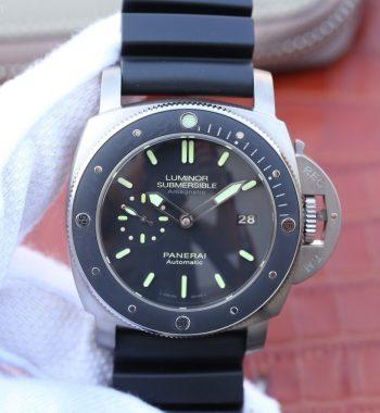 VSF PAM389 Black Rubber Strap P.9000