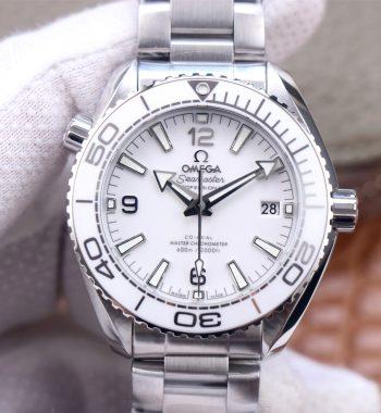 Planet Ocean 39.5mm SS VSF Edition White Dial SS Bracelet A8800